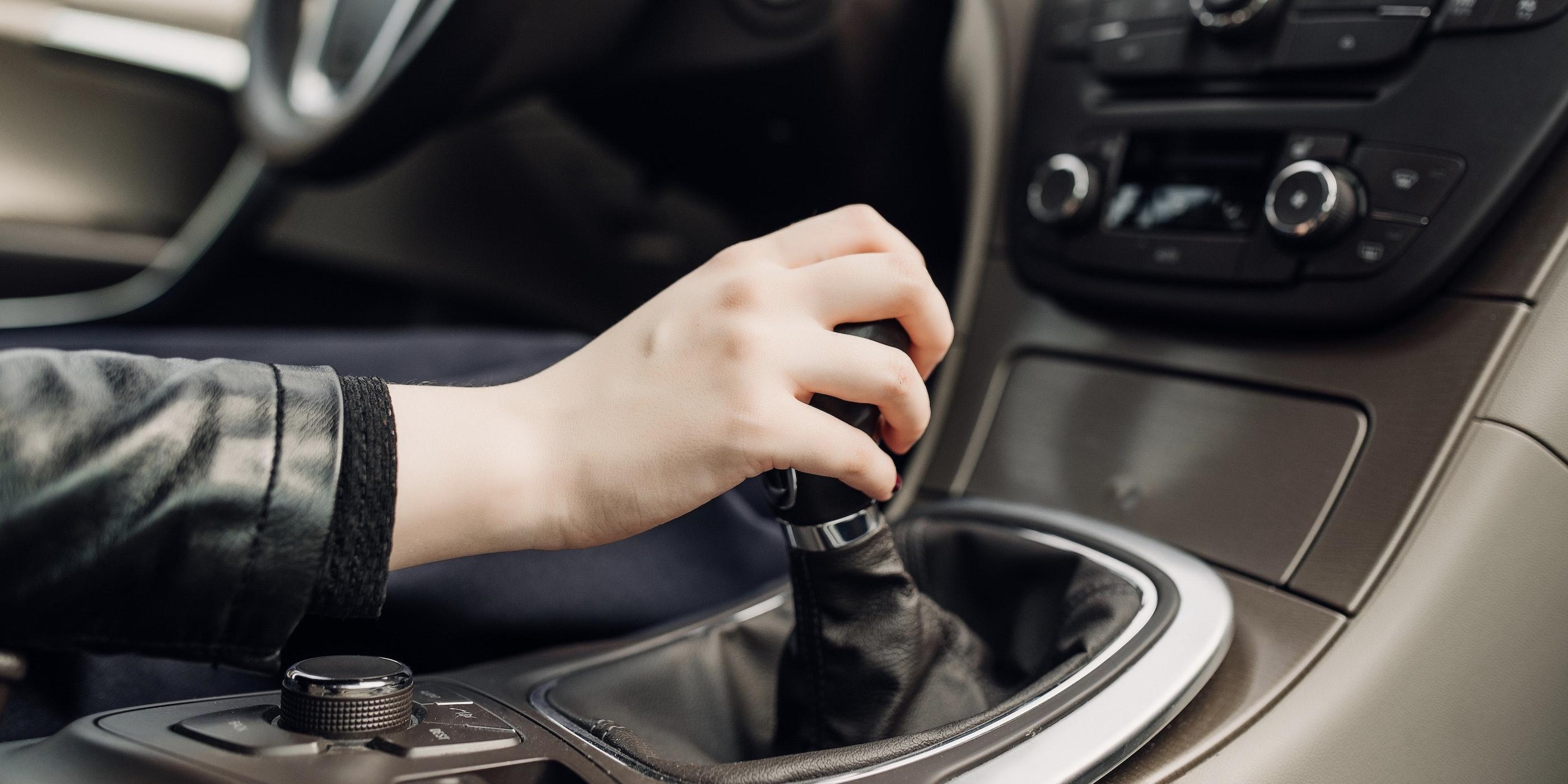 How To Drive A Manual Via
